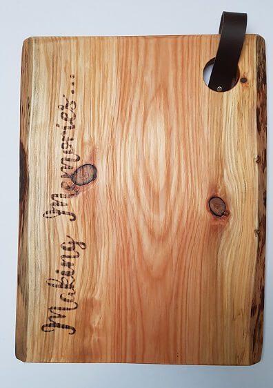 Wandplank Met La.Planken Met Leren Lus Planken Met Een Chique Uitstraling