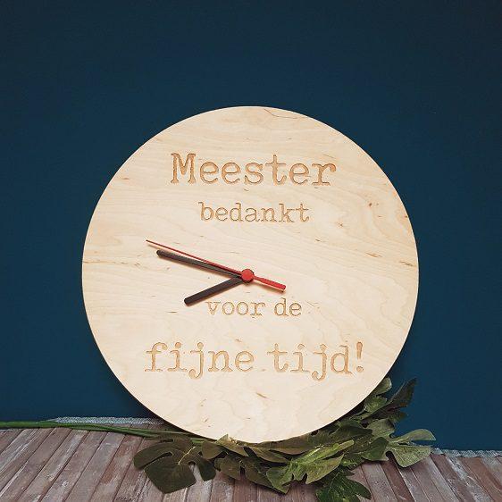 houten klok meester