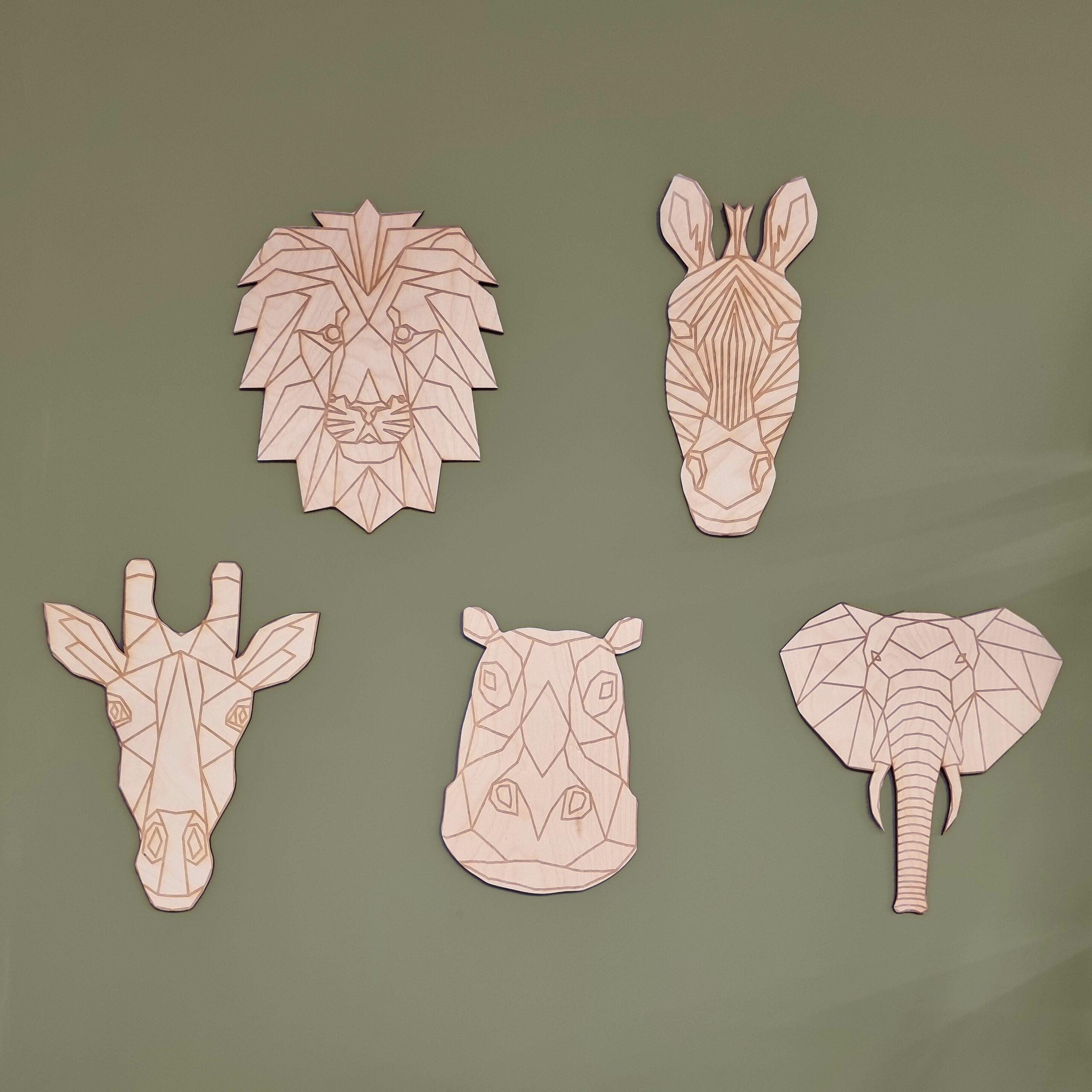 Houten safaridieren voor de kinderkamer